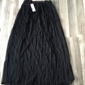 Maxi full skirt