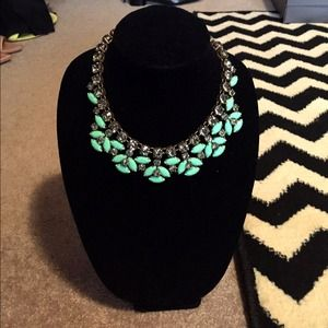 J. Crew Jewelry - JCREW mint necklace.