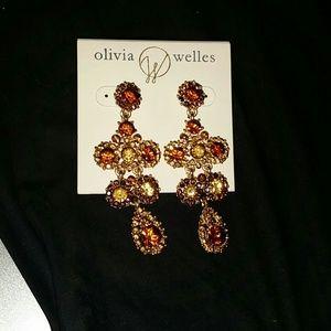 Olivia welles vintage earring