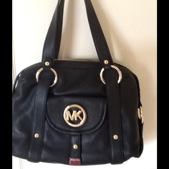 5cca87d6a81f Michael Kors Black Large Leather Fulton Satchel❤ .  M_54ac95544107cc1d383c2d00