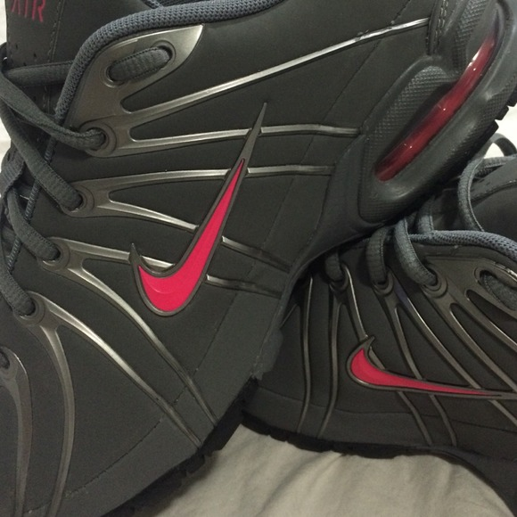 Nike Chaussures Taille 11 Femmes FZXE8H6