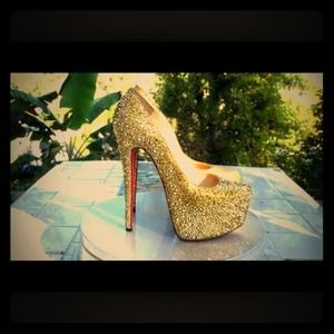 Shoes - CL Gold Rhinestone Pumps