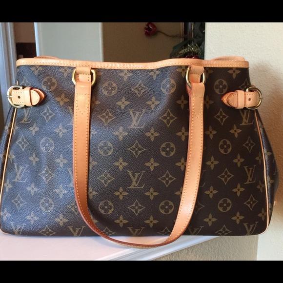 Louis Vuitton Handbags - Authentic Louis Vuitton Batignolles M51154 1343c3b0e6