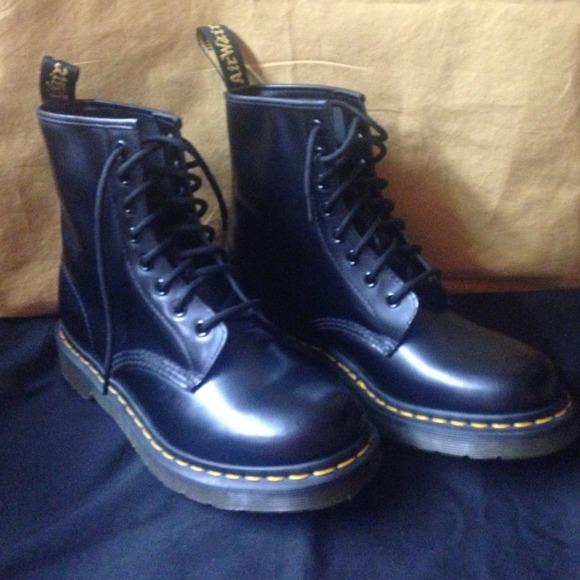 dr martens Boots - Dr Martens women s size 8 bdf4f7c85