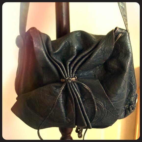 Carlos Falchi Vintage Carlos Falchi Black Buffalo Leather Shoulder Bag Or Crossbody Purse SD6h3
