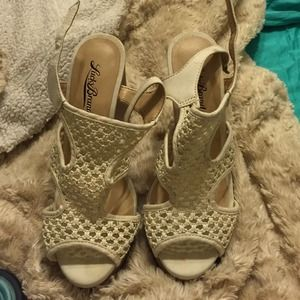 Shoes - Comfy wedges