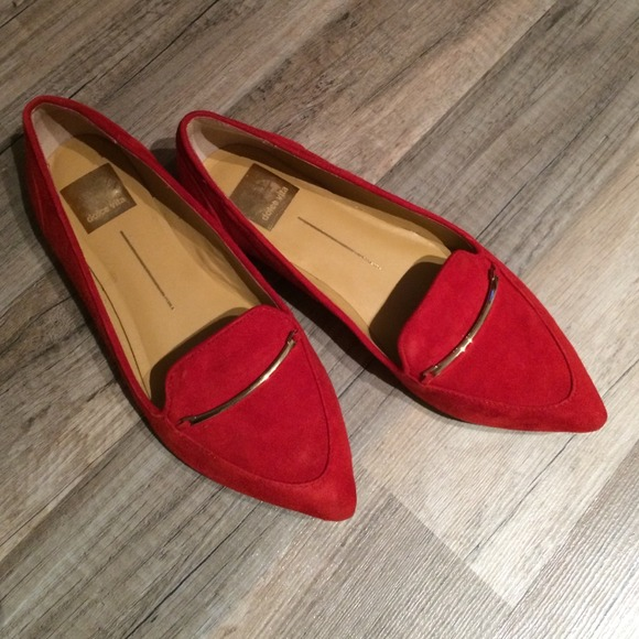 c65ffff3b81 Dolce Vita Shoes - HP 🎉 Dolce Vita red pointy flats