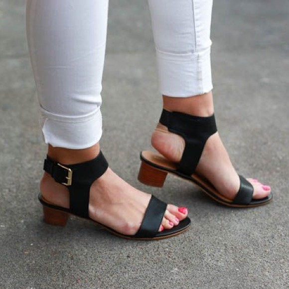 Nine West Paid Up Ankle Strap Sandal mPGWUA