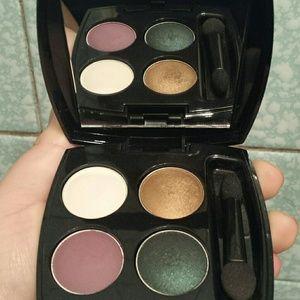New Avon Eyeshadow Quad with Original Box