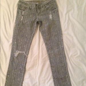Billabong Pants - Billabong skinny printed jeans