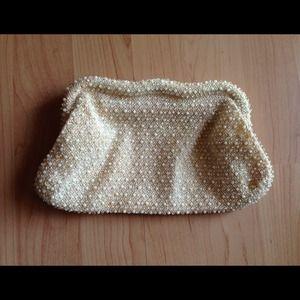 Handbags - cream vintage beaded clutch