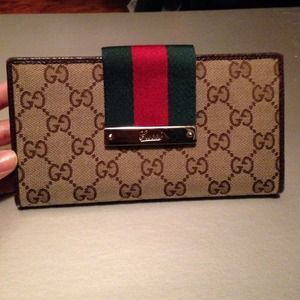 6111473defe5b4 Gucci Bags | Authentic Long Wallet | Poshmark