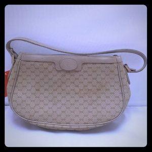 Vintage authentic Gucci Pouchette purse