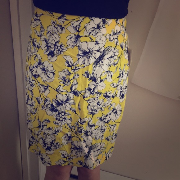 Forever 21 - Yellow floral pencil skirt from Sang's closet on Poshmark