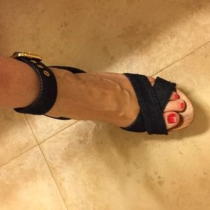 Extra pics of Tory burch wedges