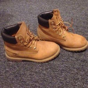 timberland wheat boots size 7