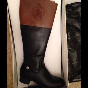 Etienne Aigner Riding boots 🏇💛