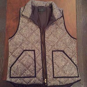 J. Crew Jackets & Coats - J. Crew Excursion Quilted Vest in Herringbone - LG