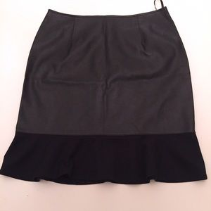 MOVING SALEBlack faux leather ruffle skirt