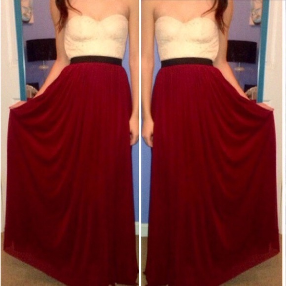 Brandy Melville Dresses   Skirts - • Maxi Dress Cream Lace Bustier Maroon  Bottom 31785060c