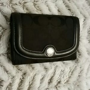 Coach signature medium trifold wallet
