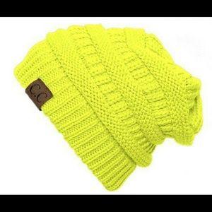 Slouchy Beanie - Neon Yellow