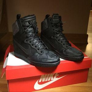 Nike Shoes - *RARE* Nike Dunk Sky Hi sneakerboot