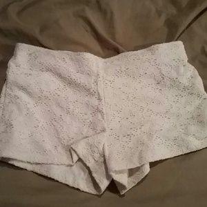 Pants - White Flowery shorts