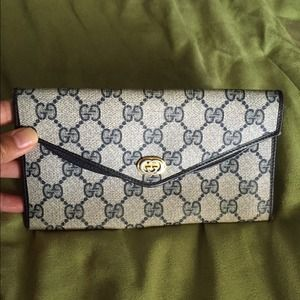 Authentic Vintage Wallet,  Gucci