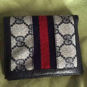Authentic Vintage Wallet Gucci