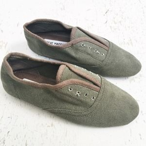 Steve Madden Slip-On Canvas Oxfords
