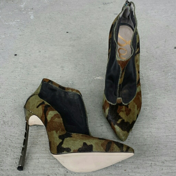 439492806 Sam Edelman Camo Shoes