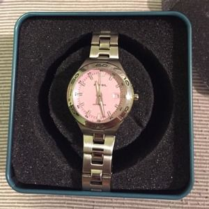 BRAND NEW FOSSIL WATCH WITH BOX