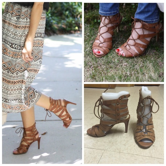0755d18b489 NWT 💖 Brown Lace Up heels