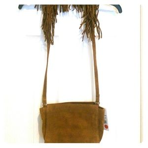 Shoulder fringe leather bag