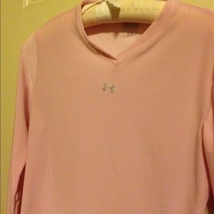 Under Armour pink top!