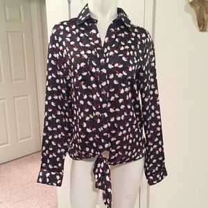 Hive & Honey Tops - *HOST PICK 4/17* Silk button up with ties
