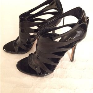 89d06fa2a8a4 Gucci Shoes - Gucci black strappy patent leather cage heel