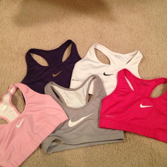 Nike Other 2 Sports Bras Left Light Pink White Poshmark
