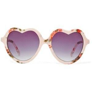 d9f86ea941 Accessories - NWT Floral Heart Shaped Sunglasses