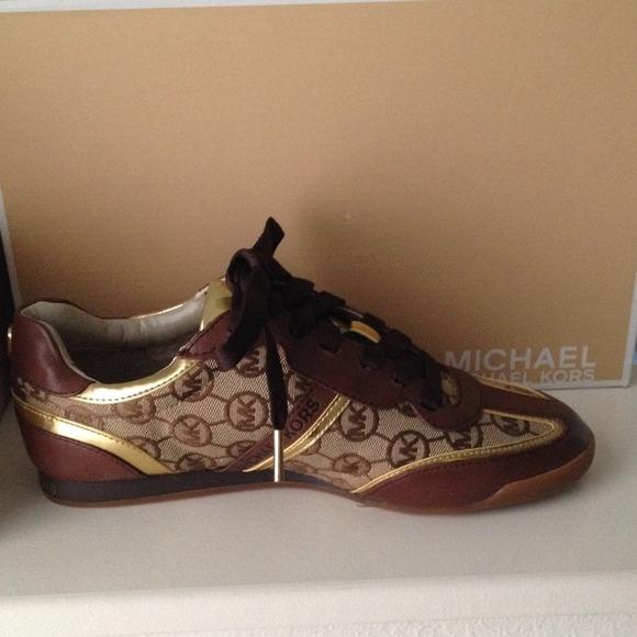 e2c1b404f4ce MK TRAINER Michael Kors Tennis Shoes