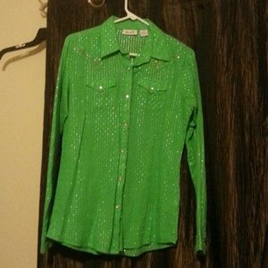 Beautiful green Wrangler pearl snap button up
