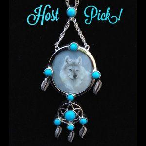 Jewelry - 🎉HP🎉 Wolf Dream Catcher Necklace