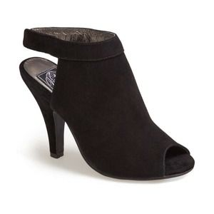 NWT JEFFREY CAMPBELL NORENE BLACK SUEDE BOOTIE