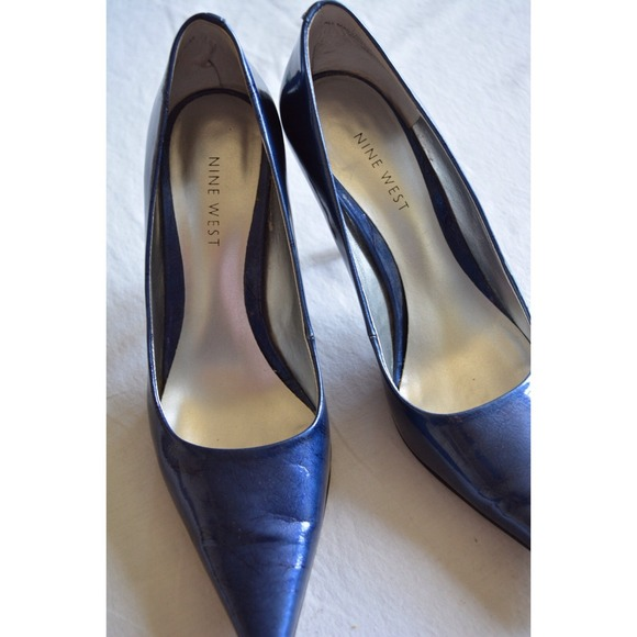 various colors wholesale price shades of Nine West Navy Blue pointed toe pumps