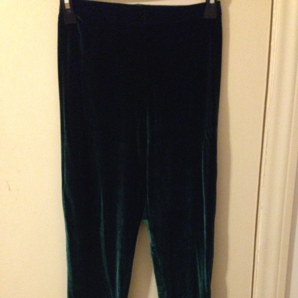 0c306f7fe0c54 American Apparel Pants - American apparel velvet leggings dark green