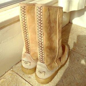 Ugg tread boots