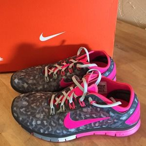new style 59fa7 f91ff Nike Shoes - Nike Free TR Connect 2 Leopard Grey Pink run 8.5