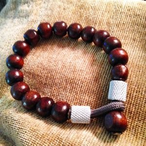 Stainless steel and wood beads bracelet