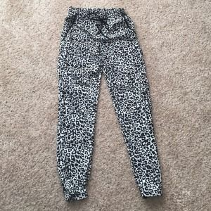 Topshop Pants - Topshop patterned print pants